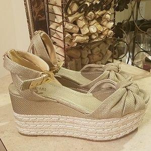 Michael Michael Kors sandals size 6.5